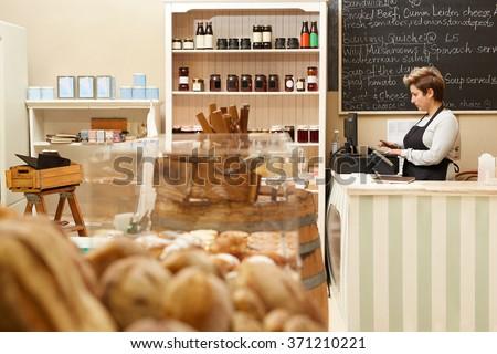 The friendliest cashier and best food around!