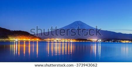 Mountain fuji and Lake Kawaguchiko in winter evening #373943062