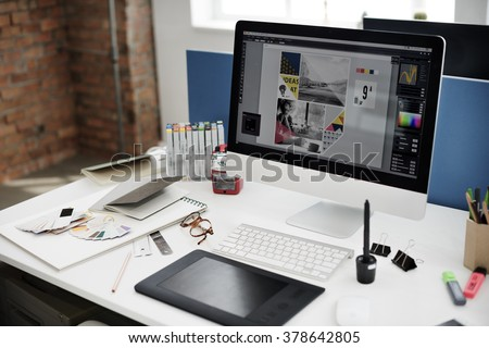 Design Studio Creativity Ideas Wood Palette Decoration Concept Royalty-Free Stock Photo #378642805