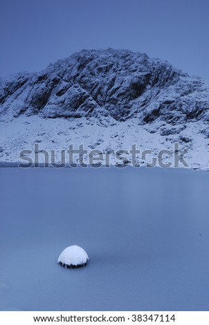 Frozen Stickle Tarn and Pavey Ark #38347114