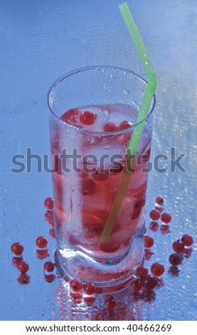 Cold red currant drink #40466269