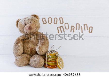 Teddy bear with good morning message