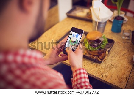 Taking a pic of food for social network site