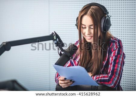 dj working on the radio #415628962