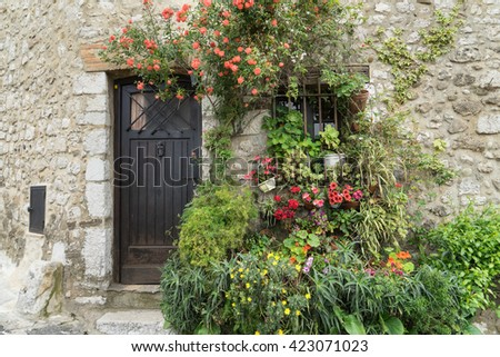 View of the typical southearn france old stone village of saint paul de vence onthe frenc riviera refuge of many artist,painters,sculptors #423071023