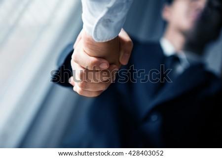 Handshake #428403052