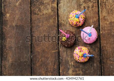 Cupcakes - happy birthday