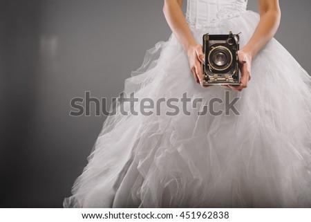 bride as a wedding photographer