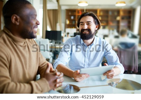 Business conversation #452129059