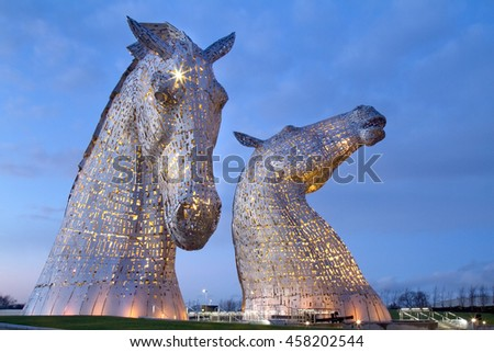 Evening picture at the Kelpies on the Forth and Clyde canal near Falkirk #458202544