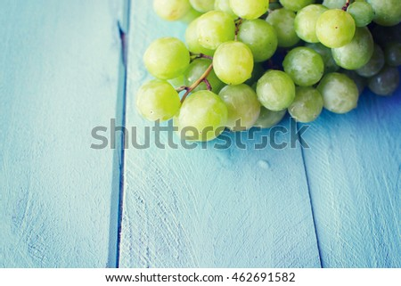 Bunch of green grapes #462691582
