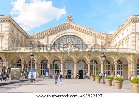 Gare de Paris-Est (Gare de l'Est, Eastern railway station) train station Royalty-Free Stock Photo #465822197