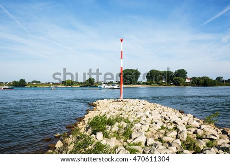 Spur Dykes at River Rhine / Duesseldorf #470611304