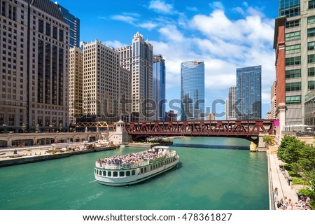 The Chicago River and downtown Chicago skyline USA