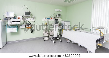 medical equipment in hospital #483922009