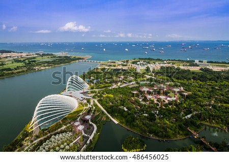 SINGAPORE-AUGUST 29: Bird eyes view of The Supertree Grove, Cloud Forest & Flower Dome at Gardens by the Bay on August 29,2016 in Singapore. Spanning 101 hectares. #486456025