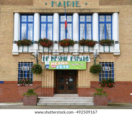Le Mesnil Esnard, France - june 22 2016 : the city hall #492509167