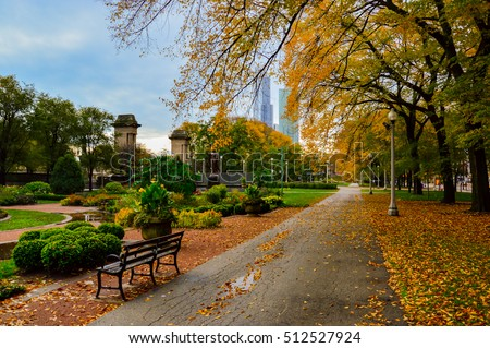 Autumn in Grant Park, Chicago, with colored leaves on the trees