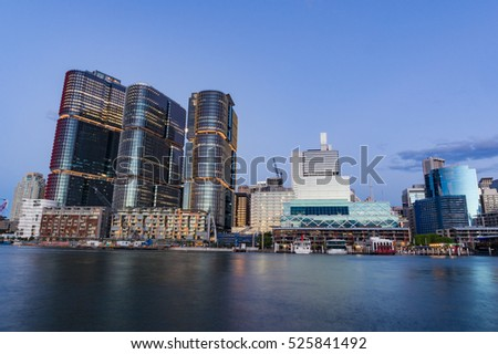 Barangaroo point and Darling Harbour at dusk. Sydney cityscape Royalty-Free Stock Photo #525841492