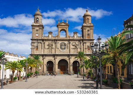LAS PALMAS, CANARY ISLANDS - OCTOBER 10, 2016. Square and cathedral of Santa Ana. It is the seat of the Diocese of the Canaries in the Roman Catholic Church. #533260381