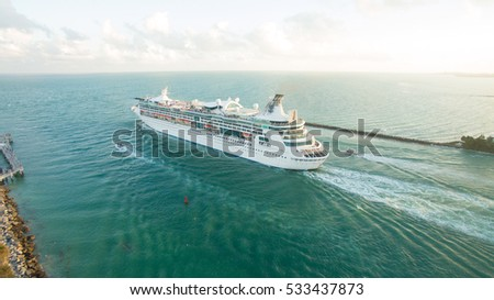 USA, Miami Beach, Florida. December 1, 2016. Cruise ship leaving Government Cut from Miami Port. Editorial use only. #533437873