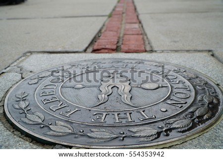 Freedom Trail Begin at Bunker Hill #554353942