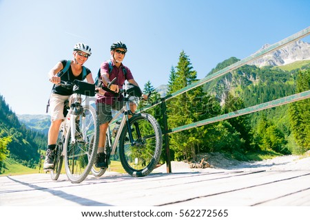 Active Senior Couple #562272565