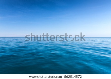 sea background,deep blue water #562514572