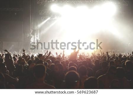 Concert #569623687