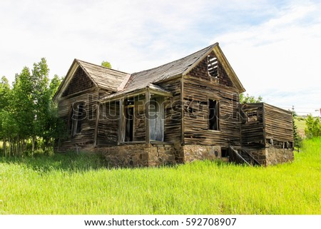 Old 1800's Home in Cripple Creek Colorado #592708907