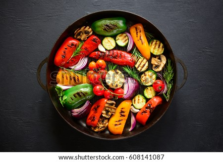 Grilled vegetables in a cast iron grilling pan, view from above