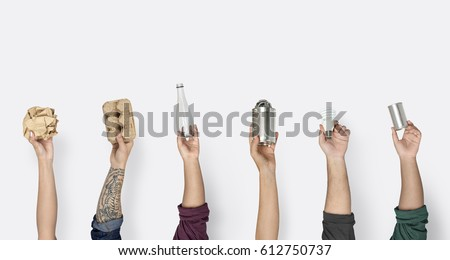Hand Hold Show Recyclable Plastic Paper Can Royalty-Free Stock Photo #612750737