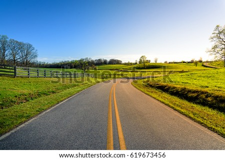 Scenic country road  picture during sunset in North Georgia Mountains