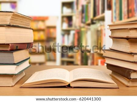 Book. #620441300