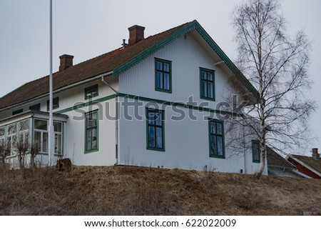 Old house #622022009