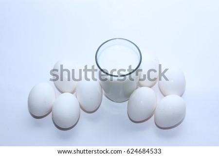 egg #624684533