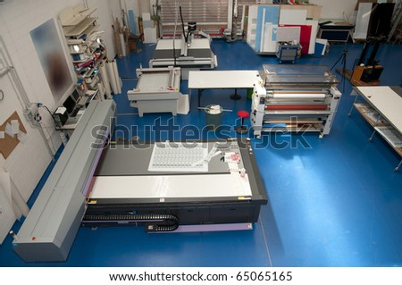 Flatbed cutter/router (cutting plotter)