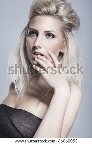 Portrait of naturally beautiful woman in her twenties with blond hair #66060055
