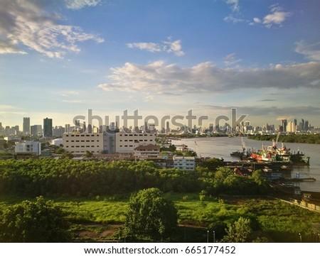 View city landscape and chao phraya river of bangkok, thailand #665177452