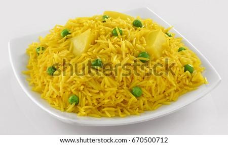 Aloo ki Tahari (Delicious Indian Rice, with potato and green peas) #670500712