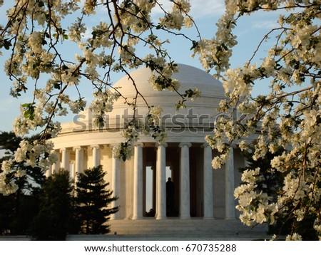 Jefferson Memorial in Spring #670735288