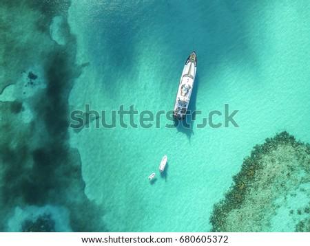 Nassau, Bahamas Beaches #680605372