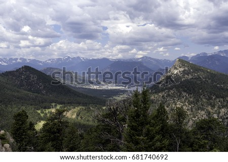 The town of Estes Park, Colorado #681740692