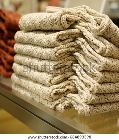Retail style #684893398