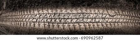 track wheel on dirt sand #690962587