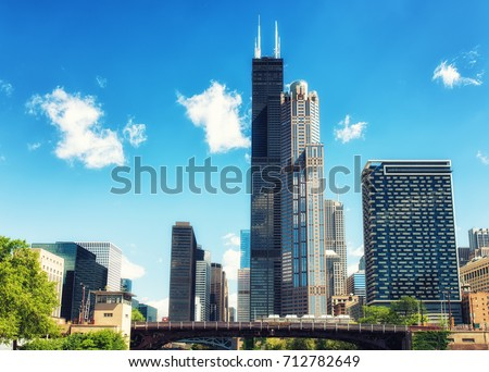 Willis Tower in Chicago on the Chicago River #712782649