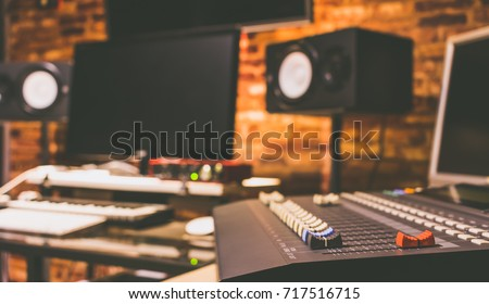 digital recording, broadcasting, editing & post production studio, music background