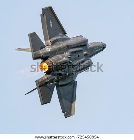 F35 Fighter Jet #725450854