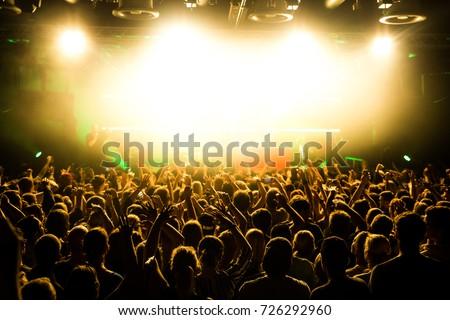 Concertvisitors Festivalvisitors #726292960