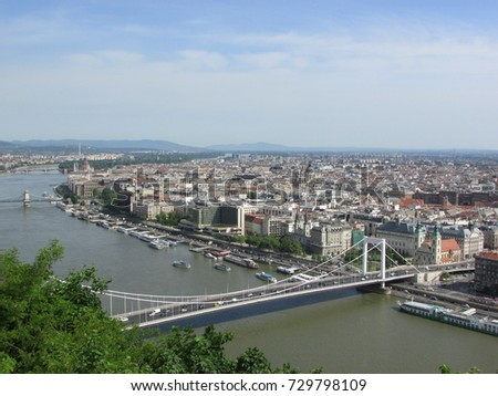 Budapest #729798109